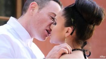 Joli tube de baise adolescent www